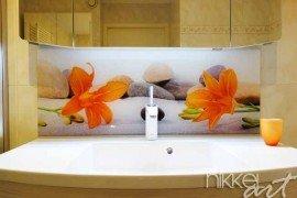 Foto op Plexiglas als achterwand in de badkamer