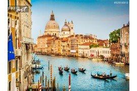 Gondels op Canal Grande bij zonsondergang Venetië