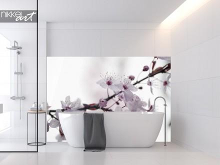 Badkamer met Glazen Achterwand Kersenbloesem